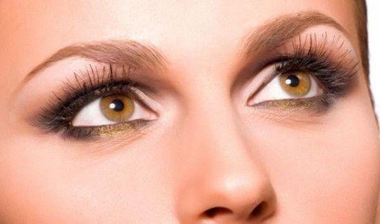 Maquillaje-para-ojos-hundidos
